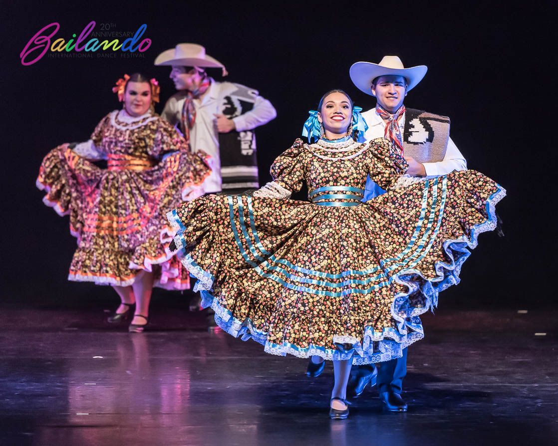 2019_Bailando_Concert_Thursday-1143922.jpg