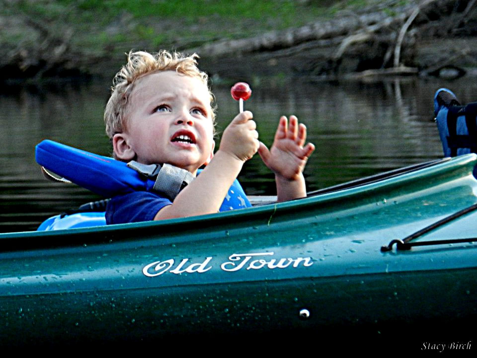 red_sucker_baby_green_kayak.jpg