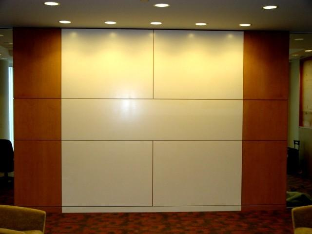 508278-CitiGroup_Two_Tone_Wall.JPG
