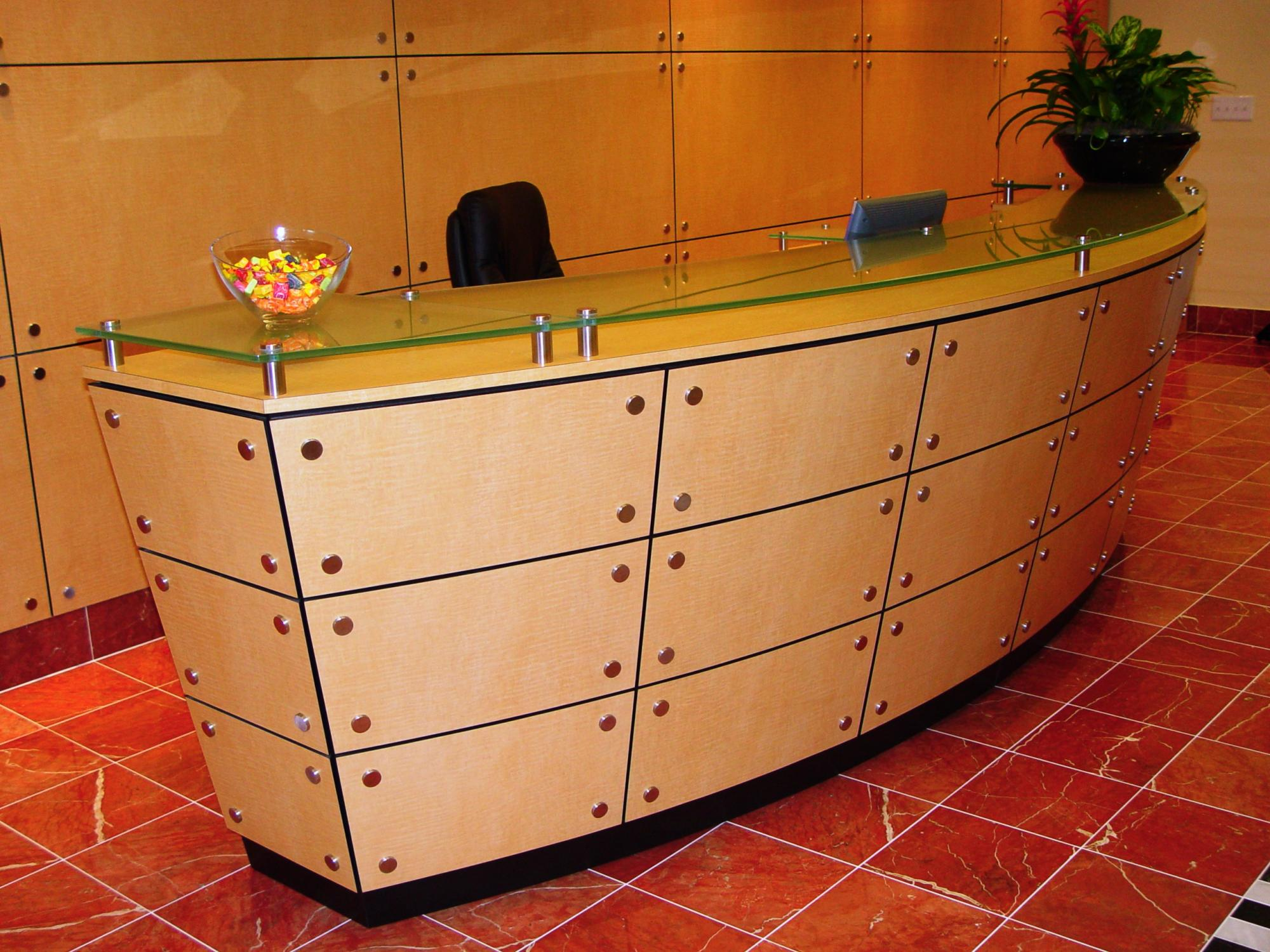 Custom_Reception_Desk97281.JPG