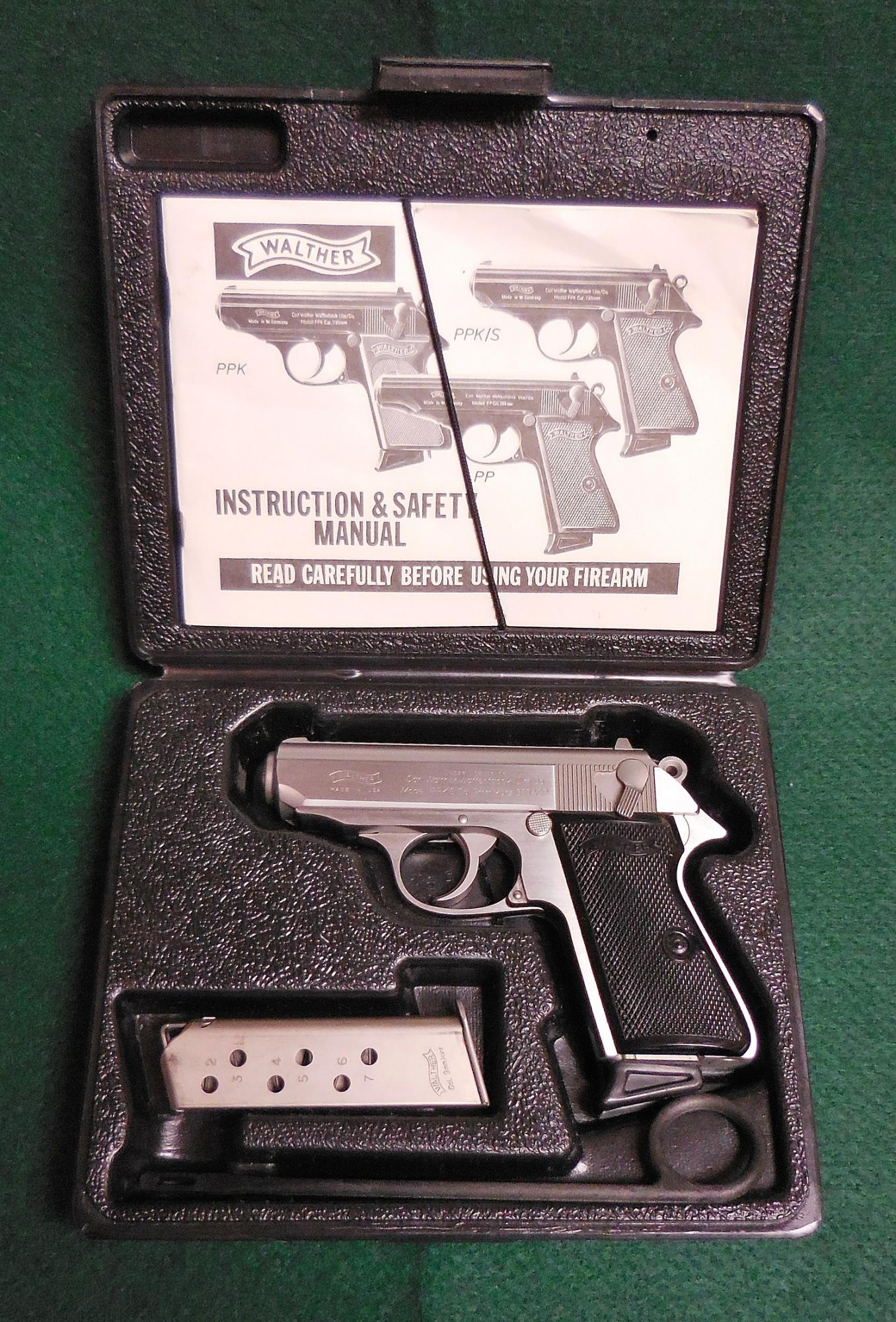 WCH022_Walther_PPKS_in_Box.jpg