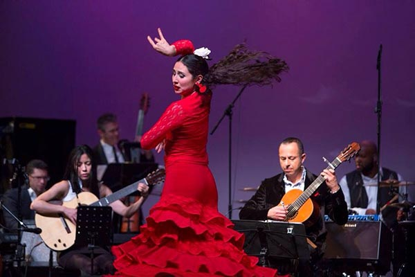 RG_Lorena_Garay_Daniel_Salazar_Ensemble_Flamenco_Dancer_W.jpg