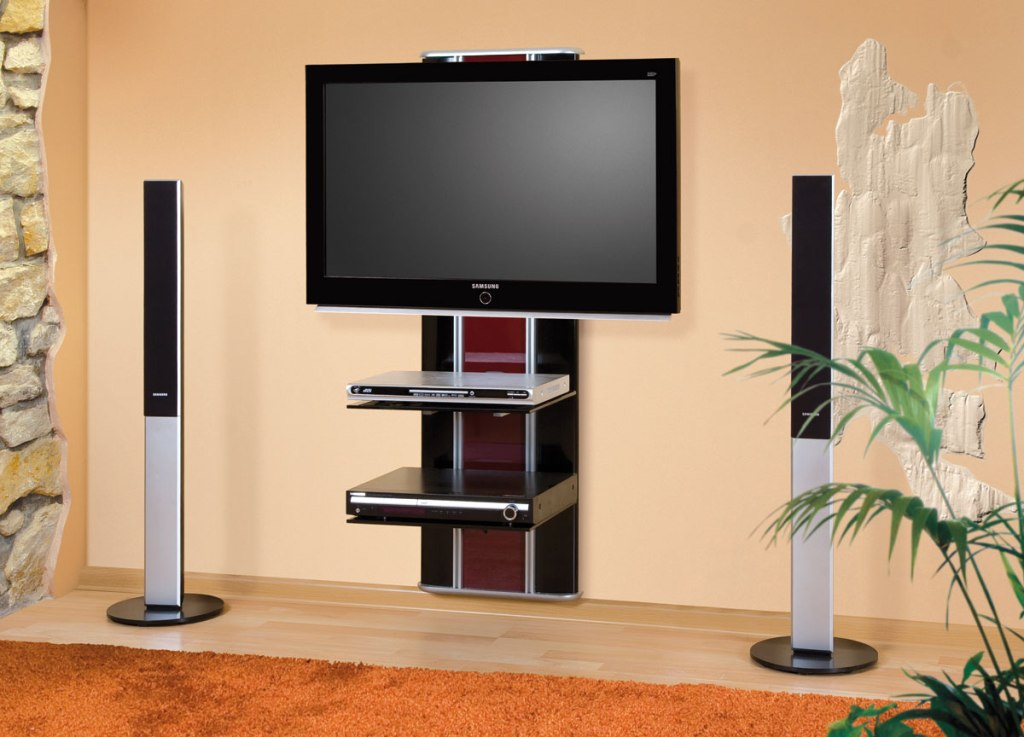 Corner-TV-Wall-Mount-for-Flat-Screen-TVs.jpg