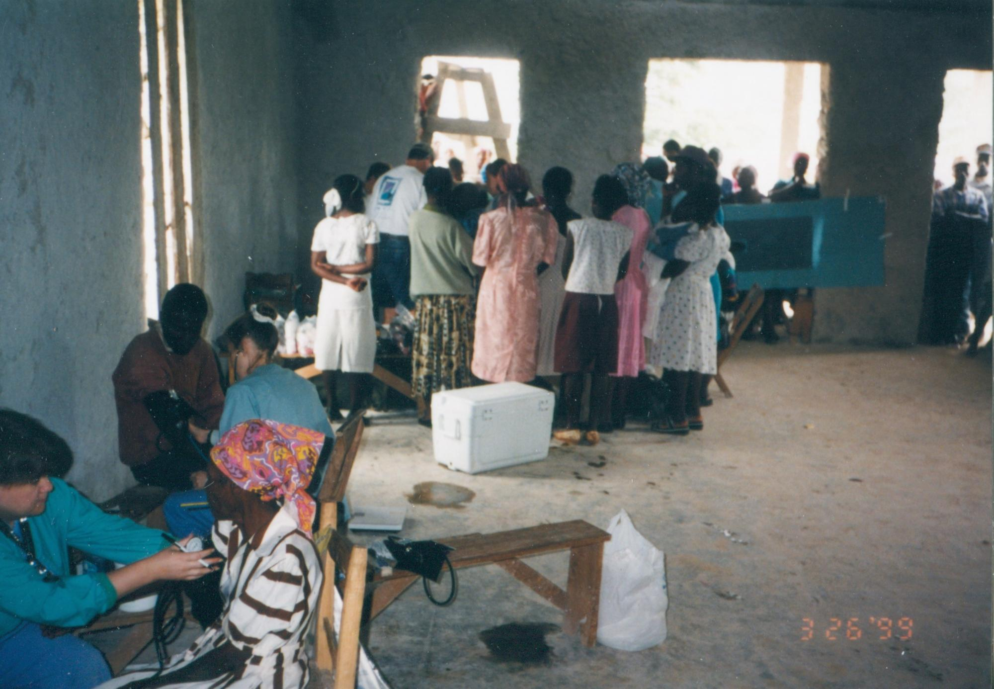 1999_Busy_Clinic_room_p_DrMM_image29.jpg