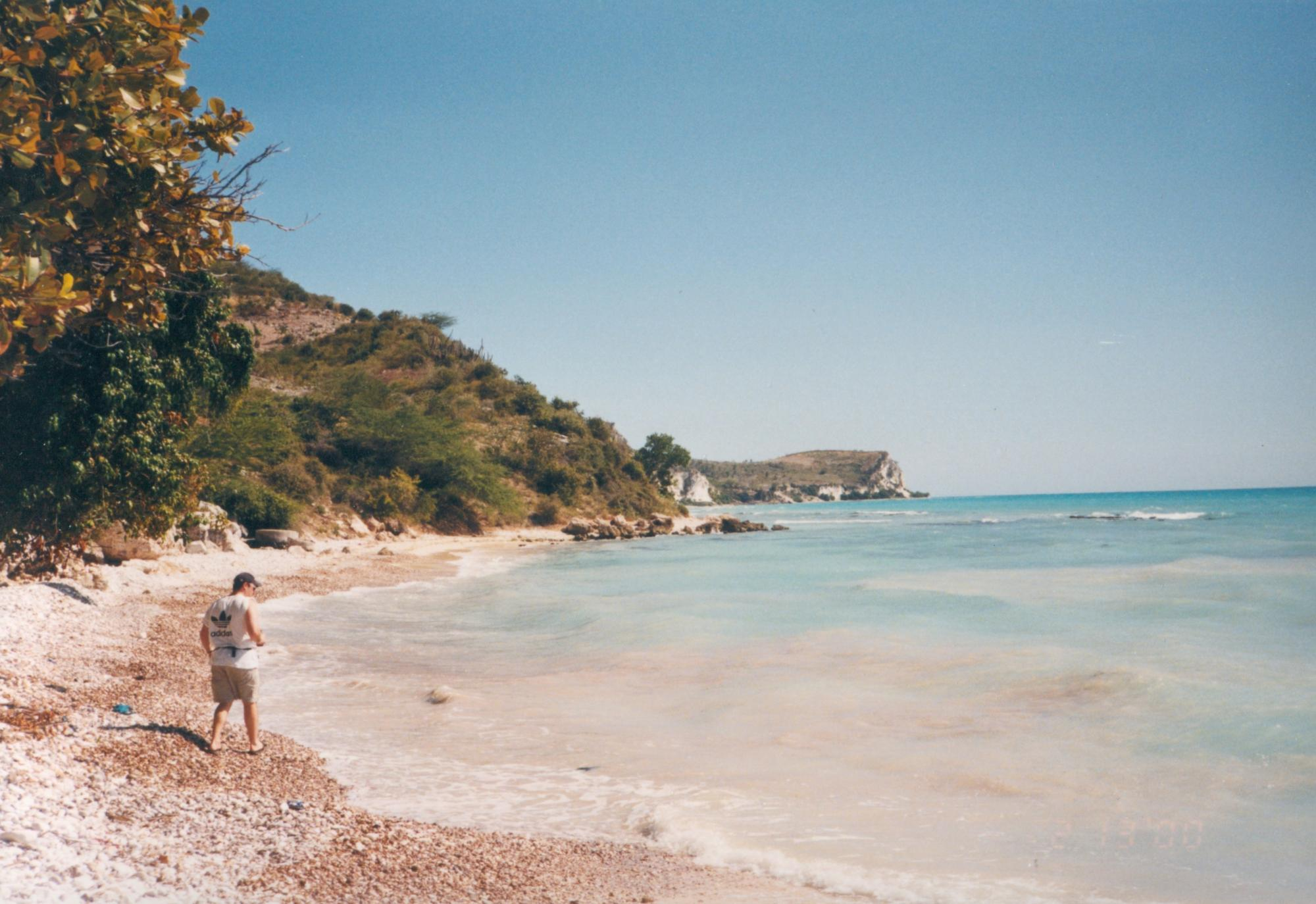 HMMW_Team_member_walking_beach_circa_2000_image10.jpg