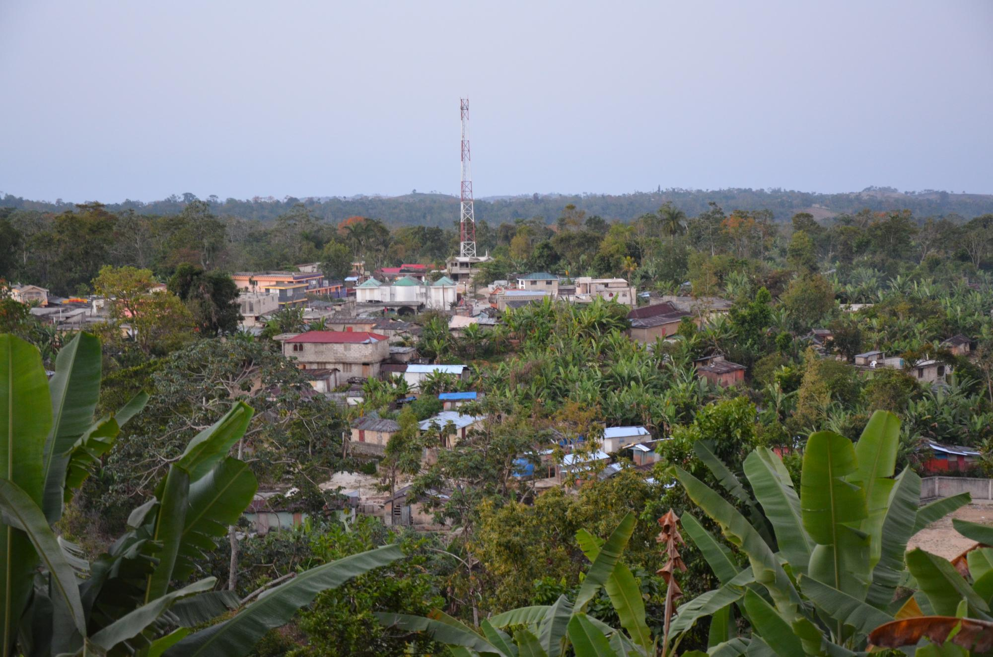 Haiti2013_Thiotte_village_from_hill81274.jpg