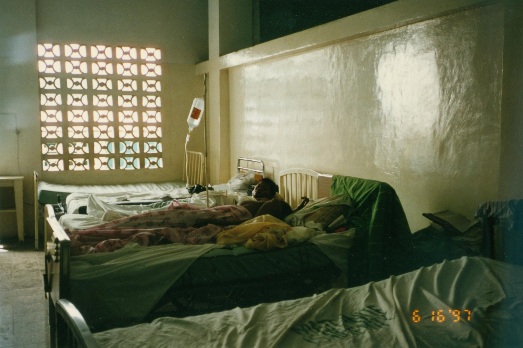 Maureen_1997_Patient_hosp_room__image31.jpg