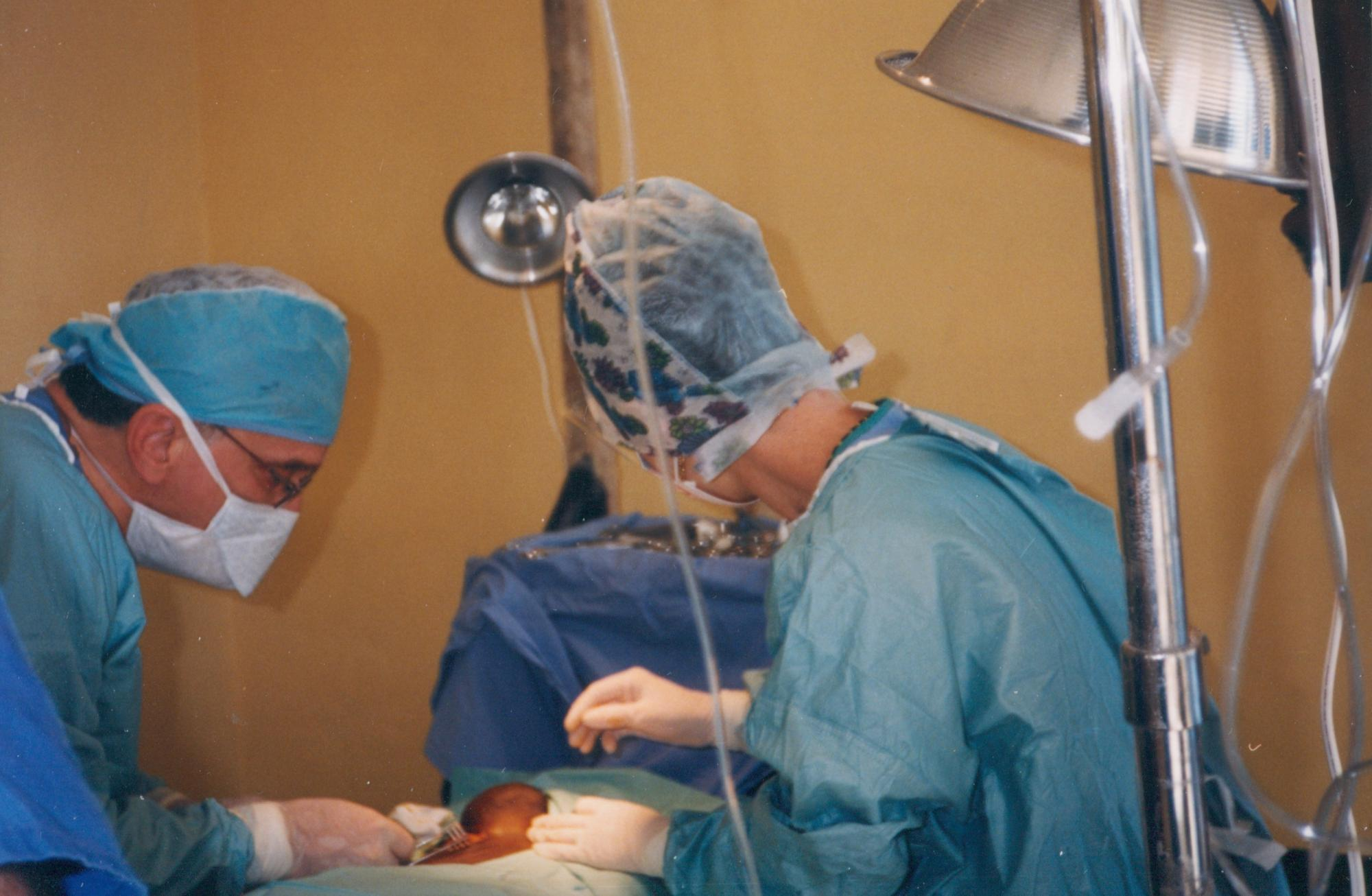OR_care_Dr_Tony_DeGiovanni_and_Dr_Maureen_Murphy_circa_2000_image26.jpg
