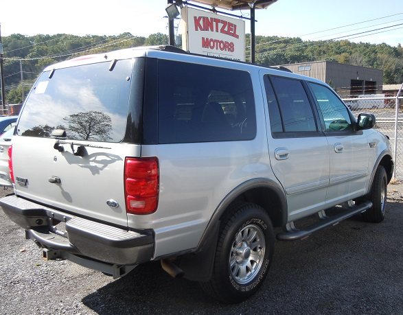 01_ford_expedition_298678.jpg