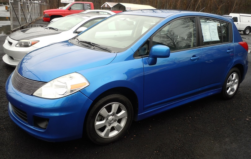 08_nissan_versa_electric_45718.jpg