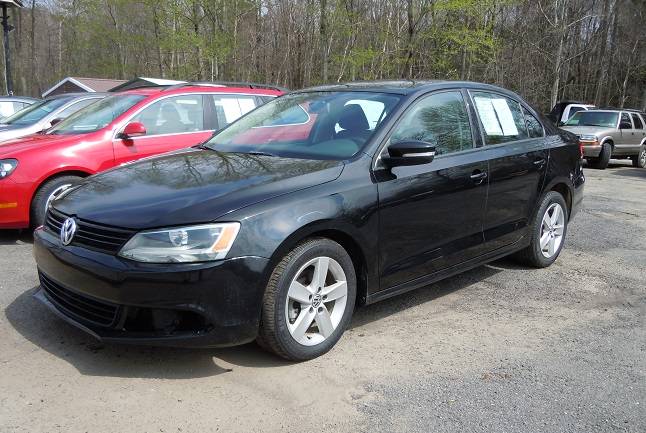 12_vw_jetta_tdi_black_1.jpg