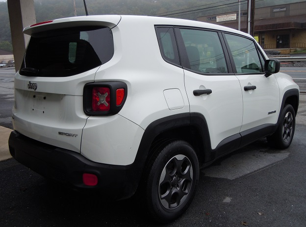 15_jeep_renegade_276964.jpg