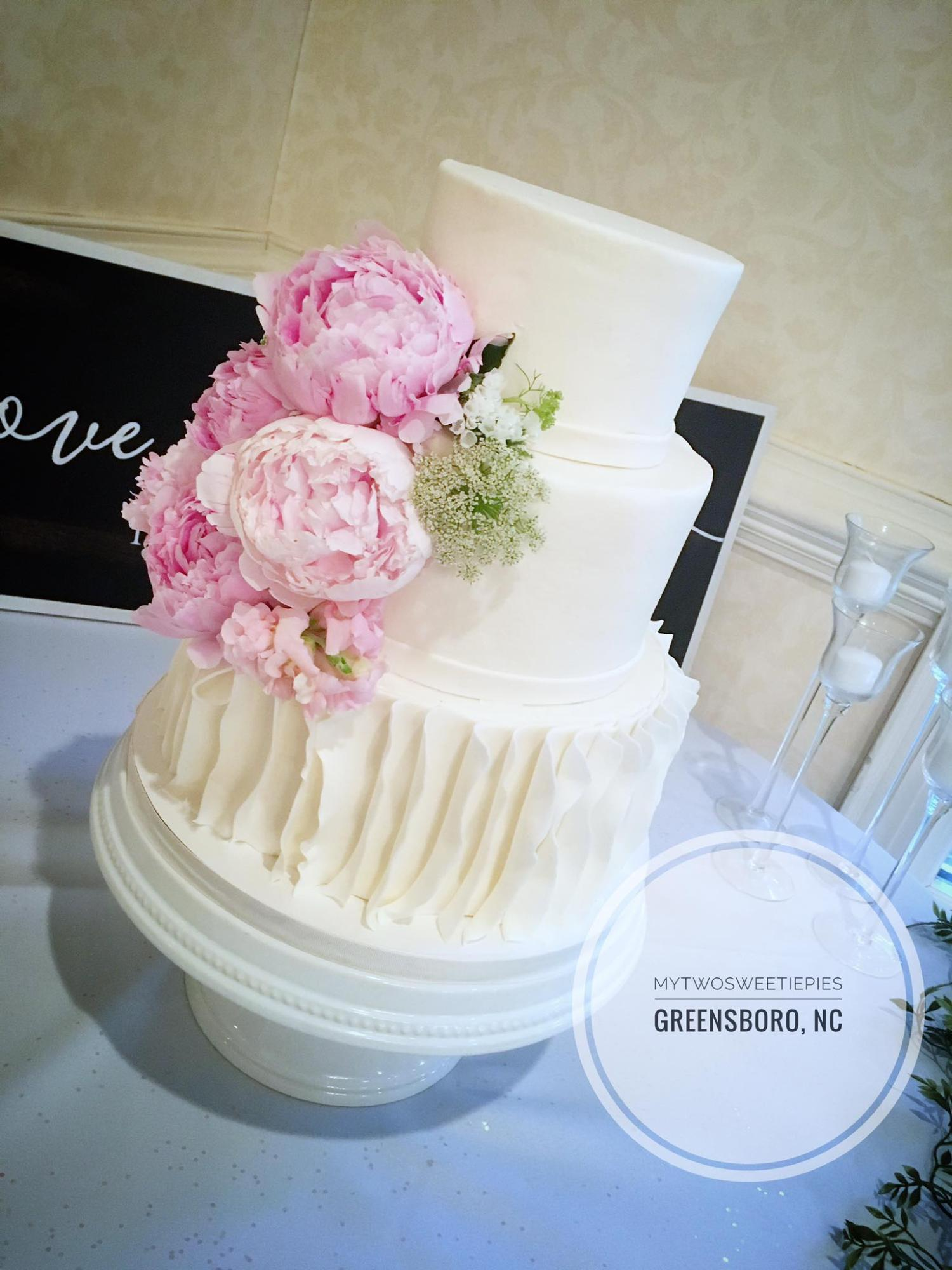 Buttercream_with_Peonies_wedding.jpg