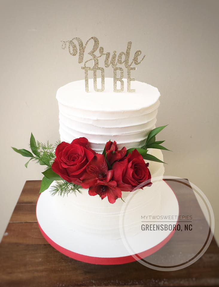 red_roses_bridal_shower_cake.jpg