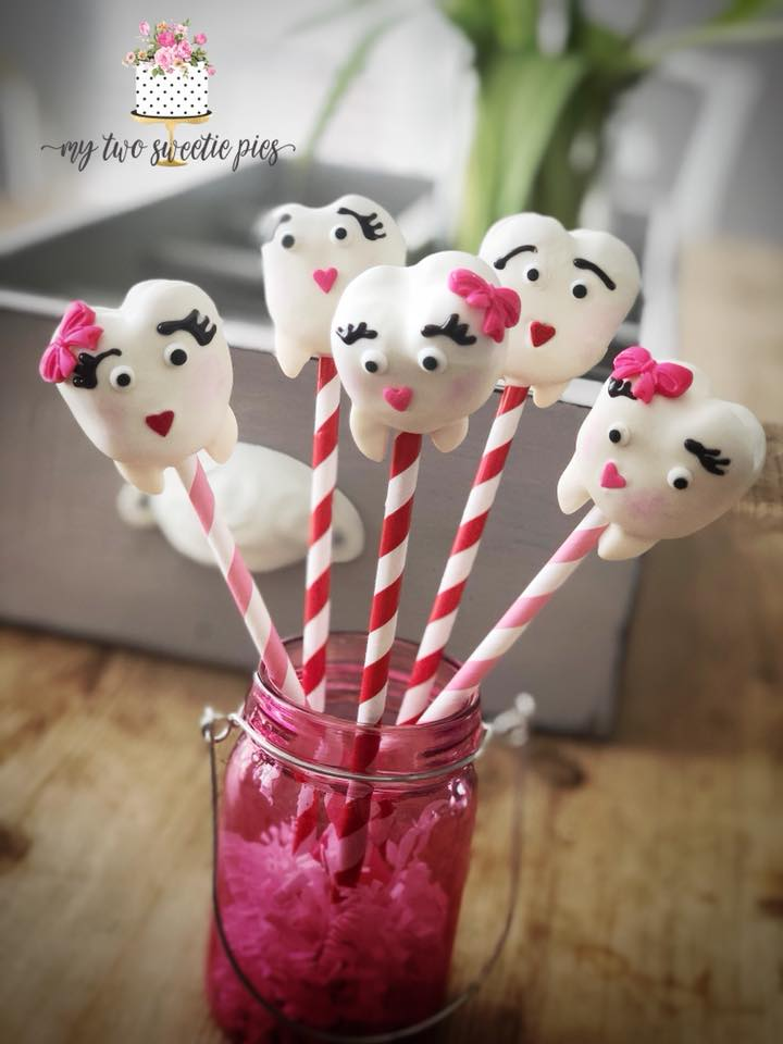 tooth_cake_pops.jpg