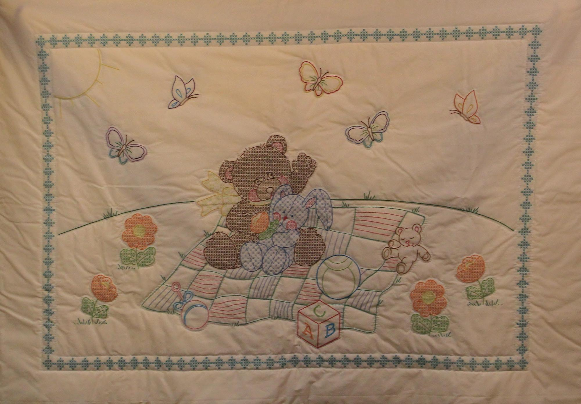 Quilt_Auction_18_Baby_-_Cross-stitch_ABS.JPG