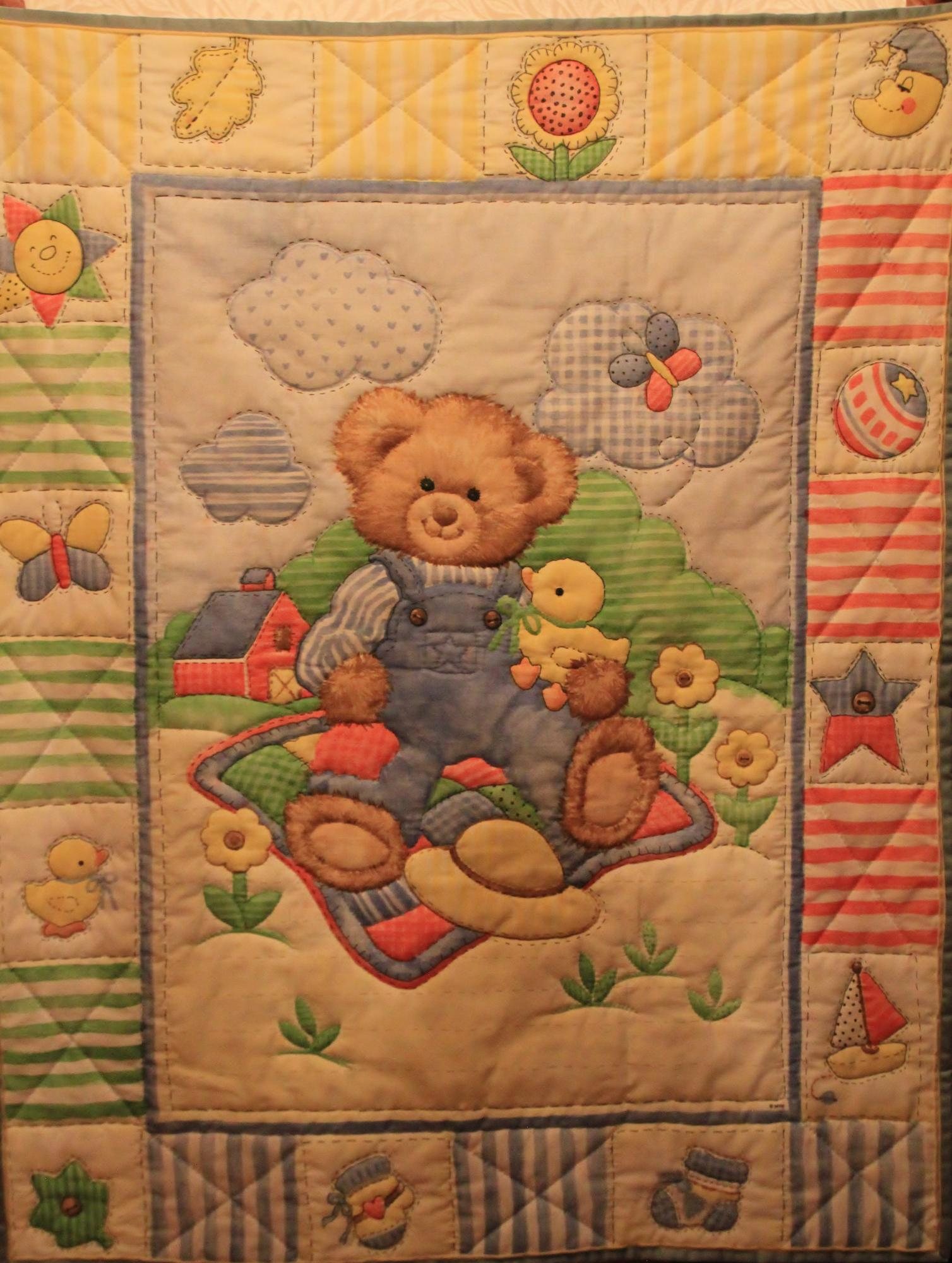 Quilt_Auction_18_Baby_-_Teddy_Bear.JPG