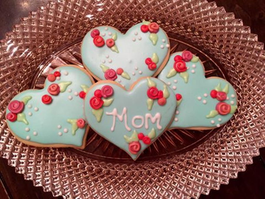 900_mothers-day-sugar-cookies-983496yqfoo.jpg