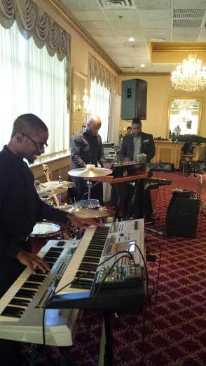 LeShawn (center) plays keyboard bass with Phil and Myke on an all keyboard tune