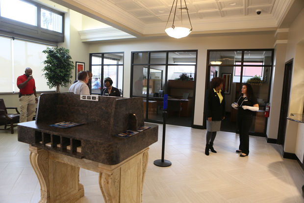 Centier Bank lobby at 504
