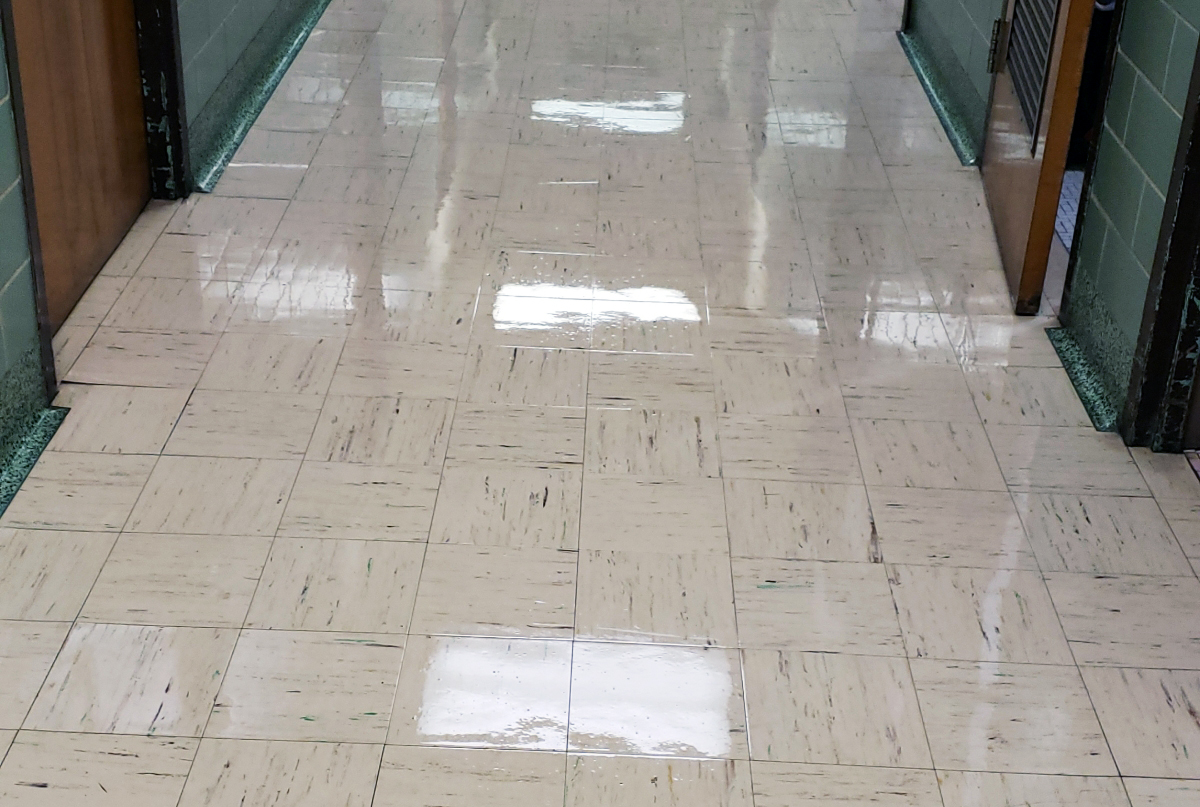 Personal_Touch_Waxed_Floor_2.jpg