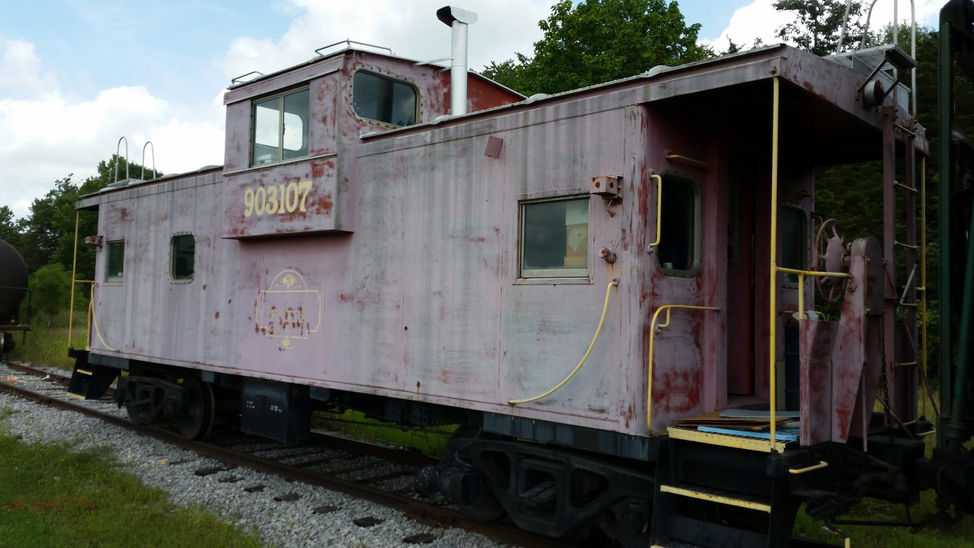 1968 C&O Caboose - Image 1/3