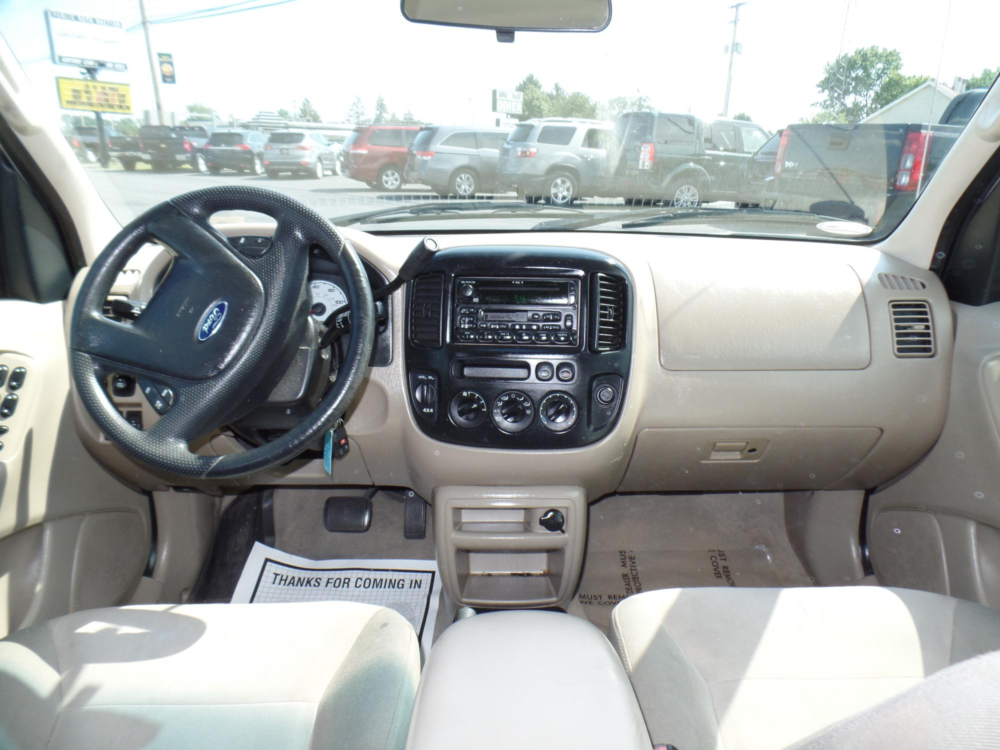 2003_Ford_Escape_A25738__3_.JPG