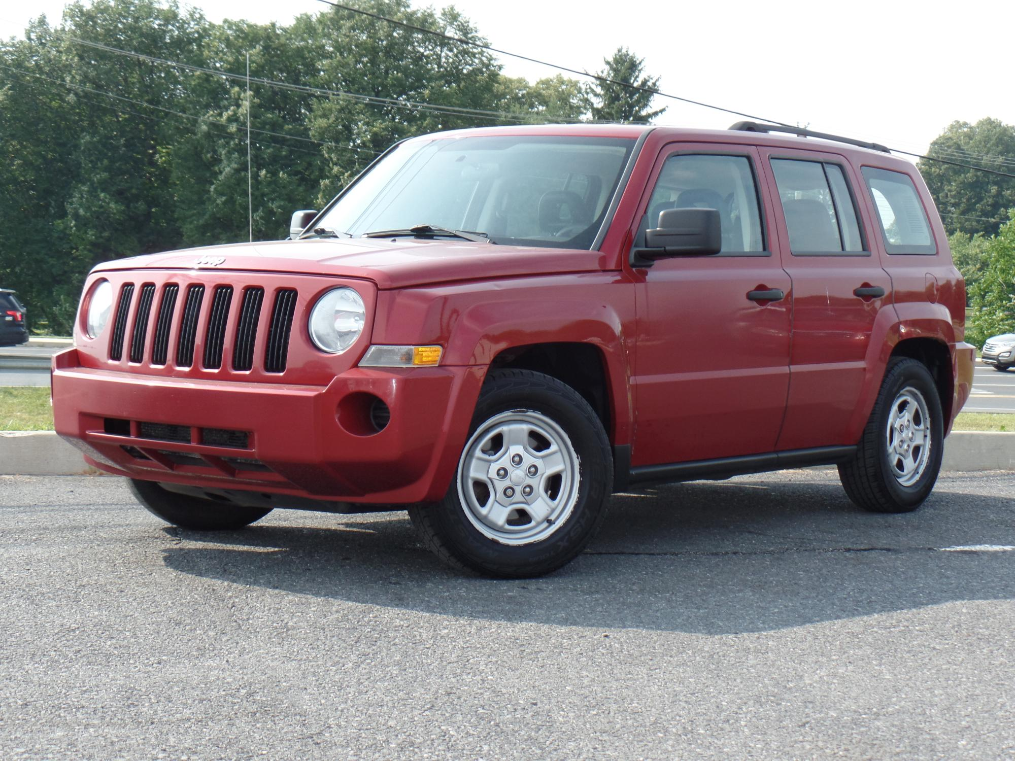 6-18-2018_2008_Jeep_Patriot_707417__1_.JPG