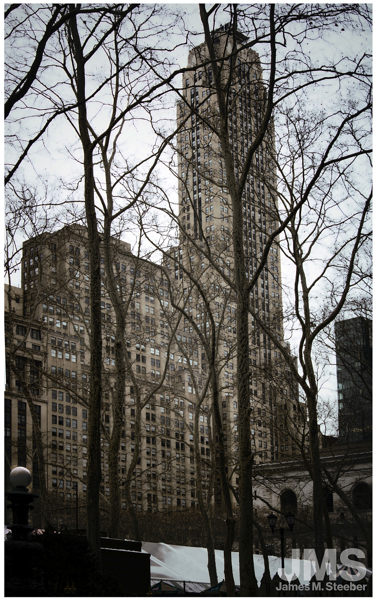 500_Fifth_Avenue_Building_and_Bryant_Park