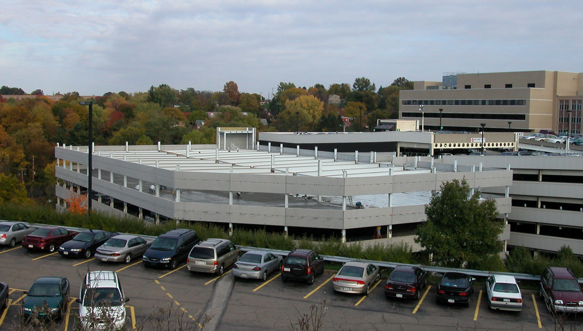 St. Clair Hospital Parking Garage