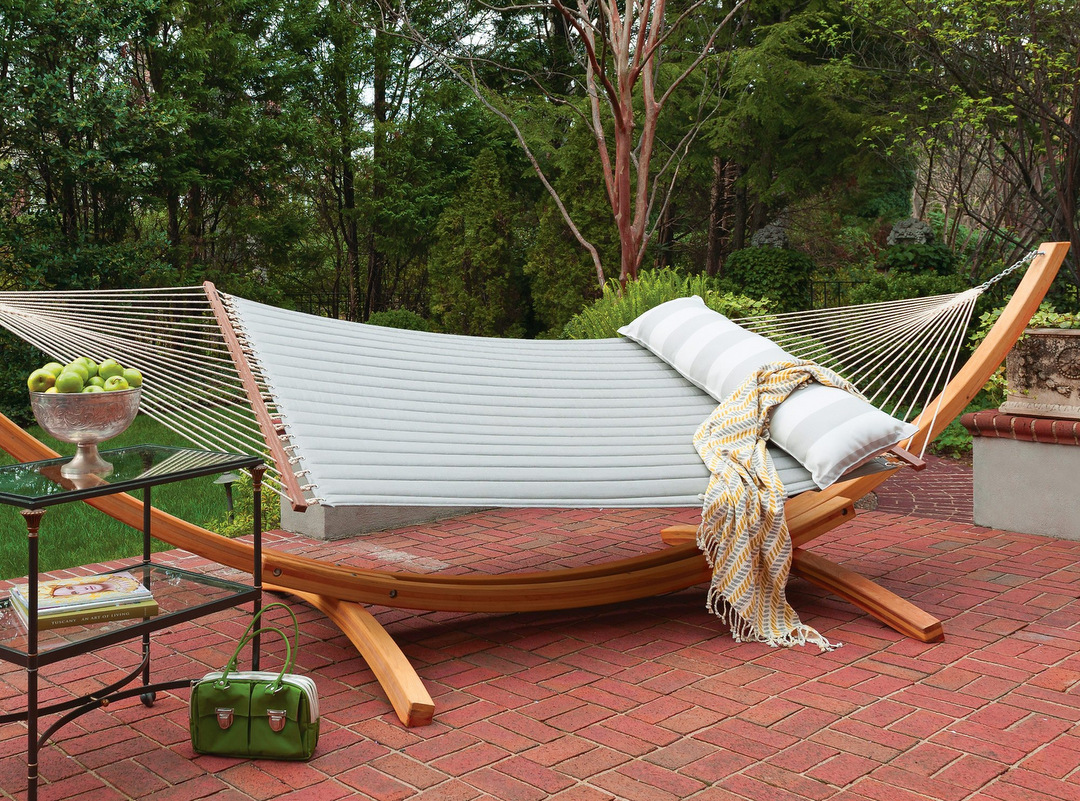 Quilted Hammock with Roman Arc Cypress Stand