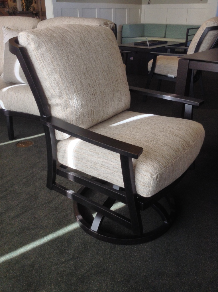 Brighton Dining Swivel Rocker