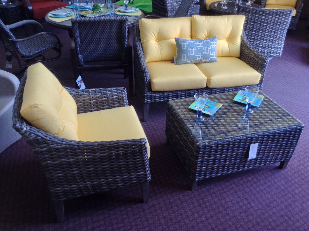 Edgewater Love Seat and Lounge Chair with Coffee Table