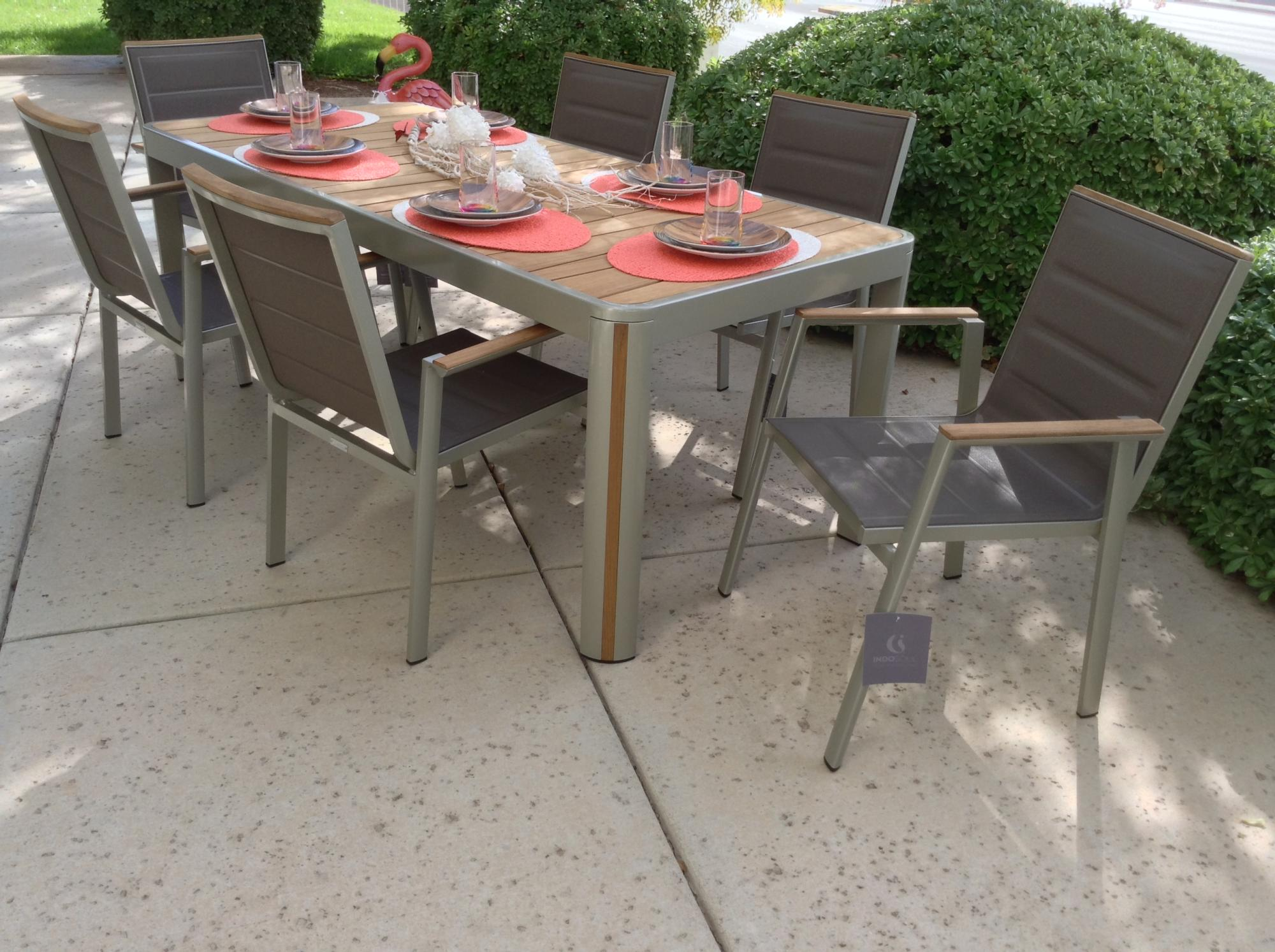 Geneva 7 Piece Dining Set
