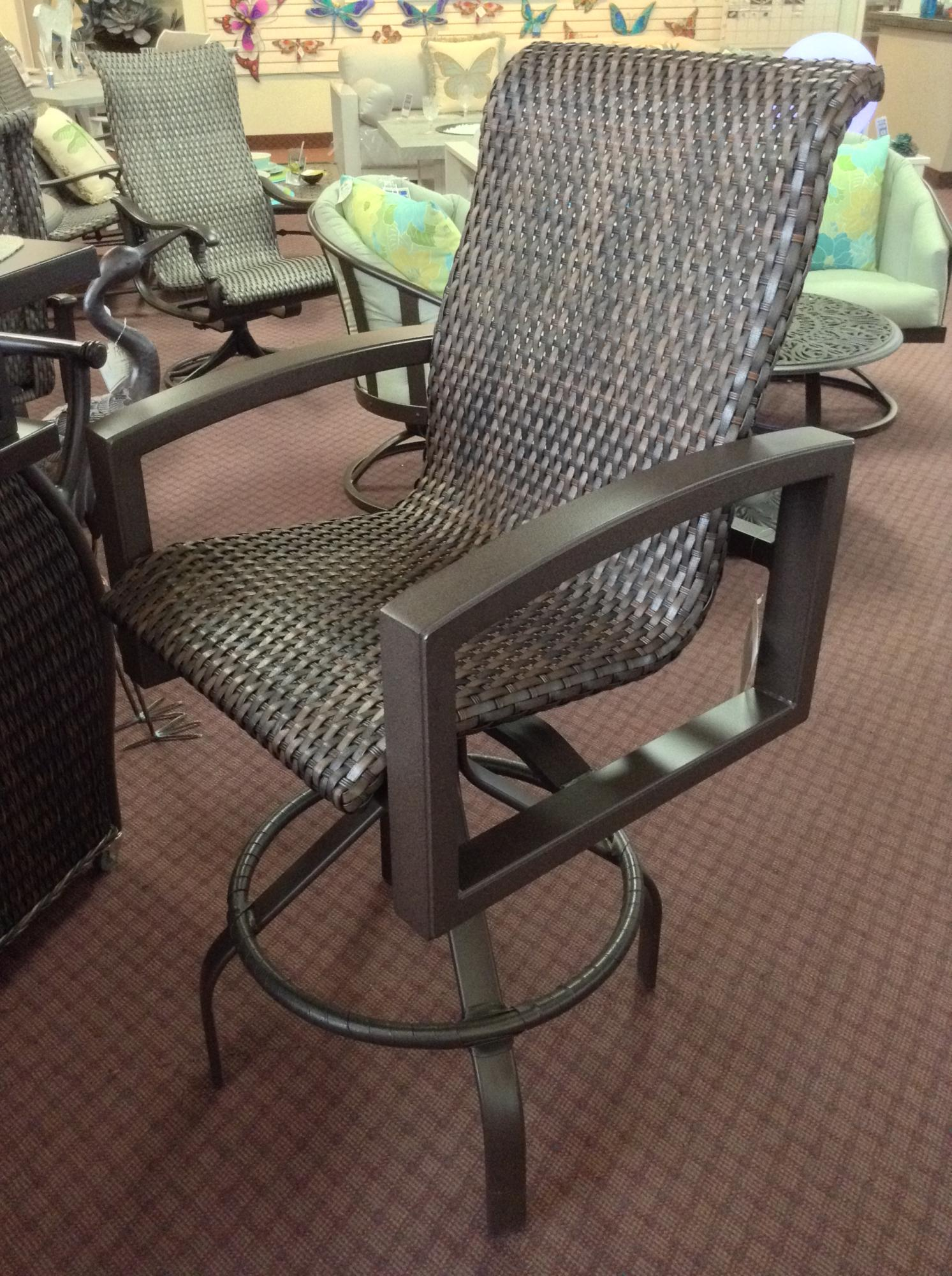 "Lakeside Woven Swivel Bar Stool W=25.5"" D=28.5"" H=48"" SH=30"" AH=36"""