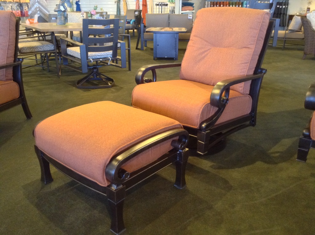 Lucerne Spring Swivel Club Rocker with Ottoman