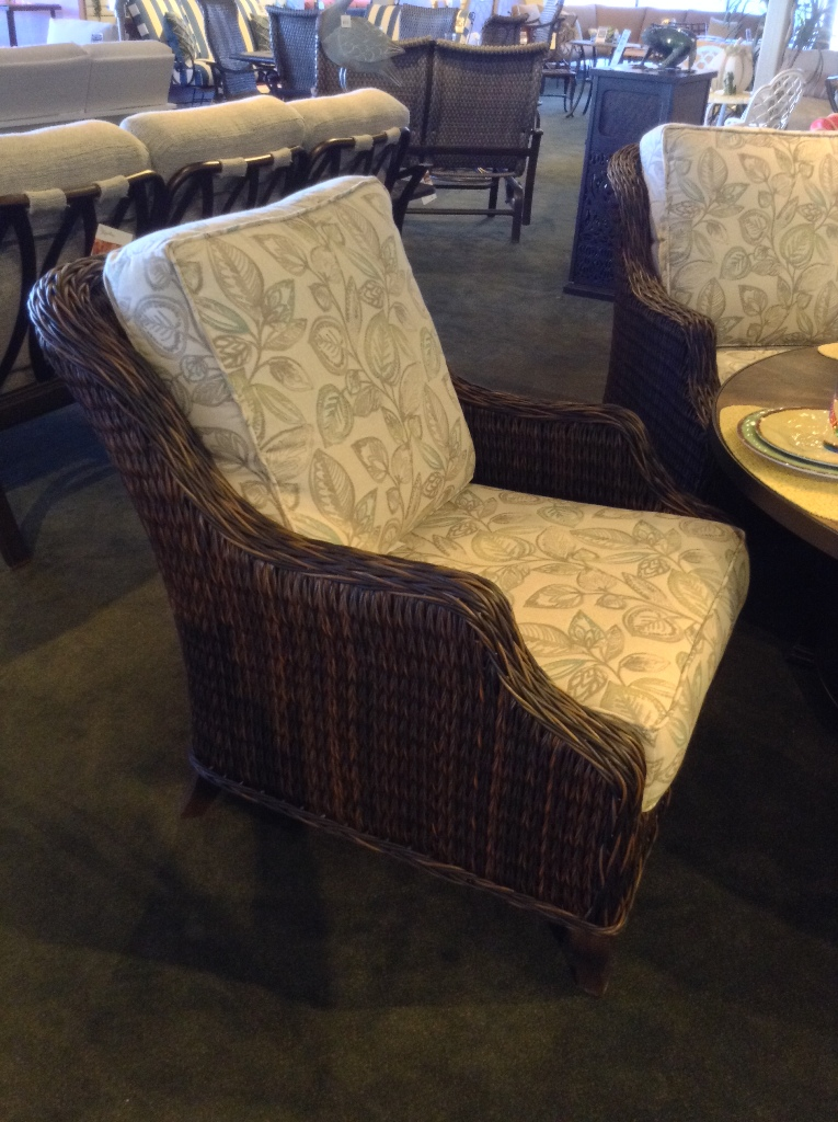 Monticello Lounge Chair