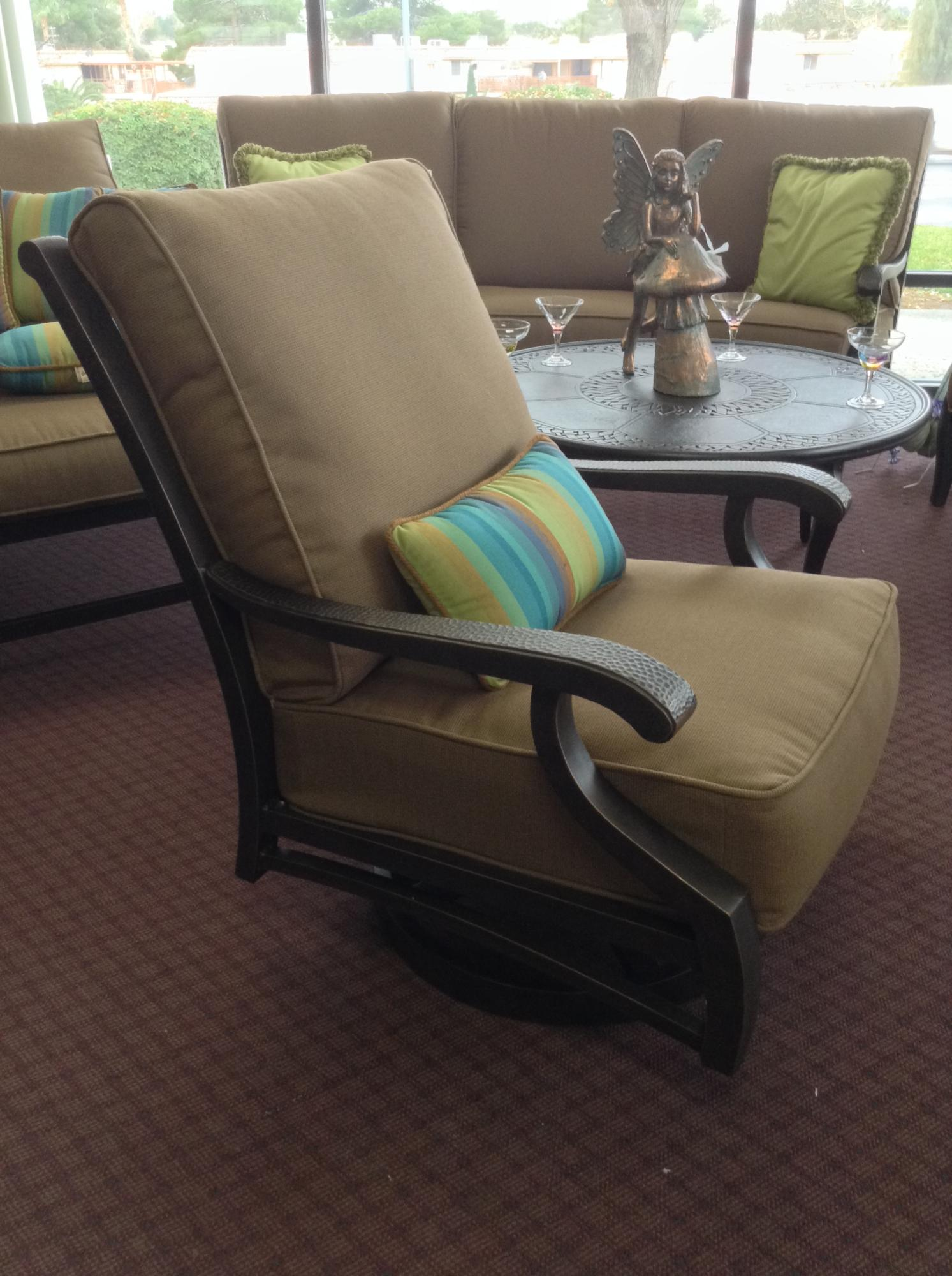 "Turin Cushion Spring Swivel Club Chair W=30.25"" D=39.25"" H=38"""