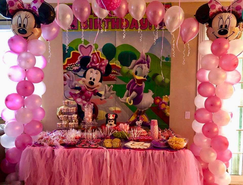 Violet_Balloonz_Minnie_Mouse_display.jpg