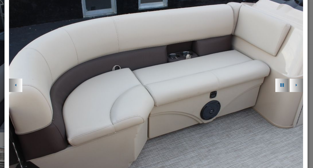 2021_Bentley_LE_200_CW_Starboard_front_couch_file_photo.png