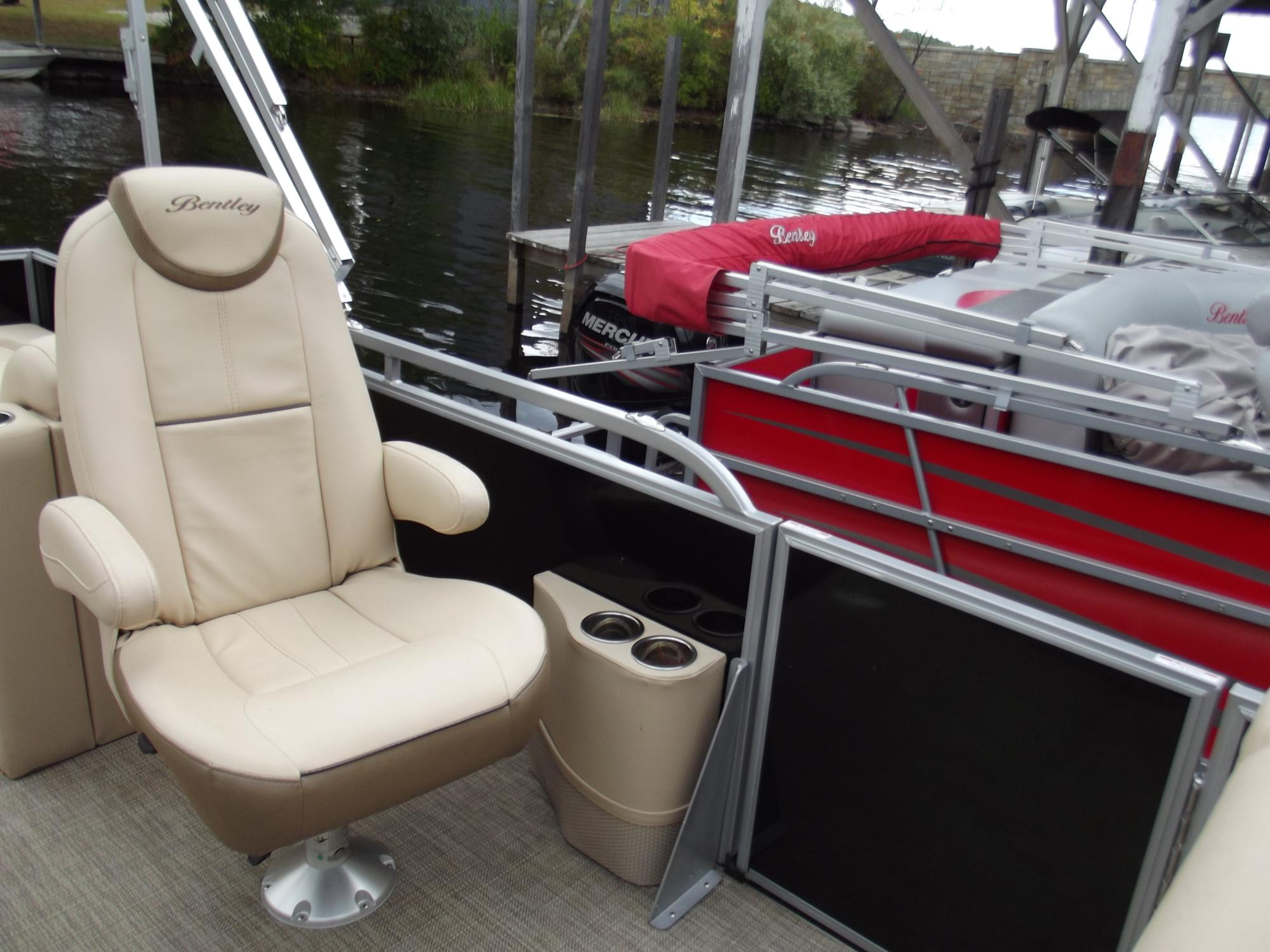 Used_253_Elite_Rear_Lounger_032.JPG