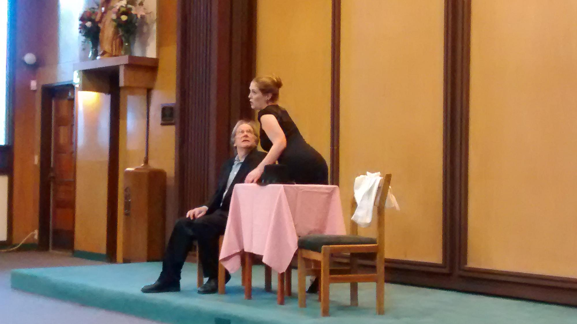 Serpina (Brooke Cagno) sings to Uberto (Sandy Naishtat).