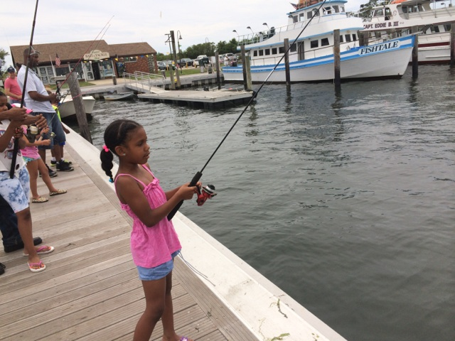 girl_snapper_fishing.JPG