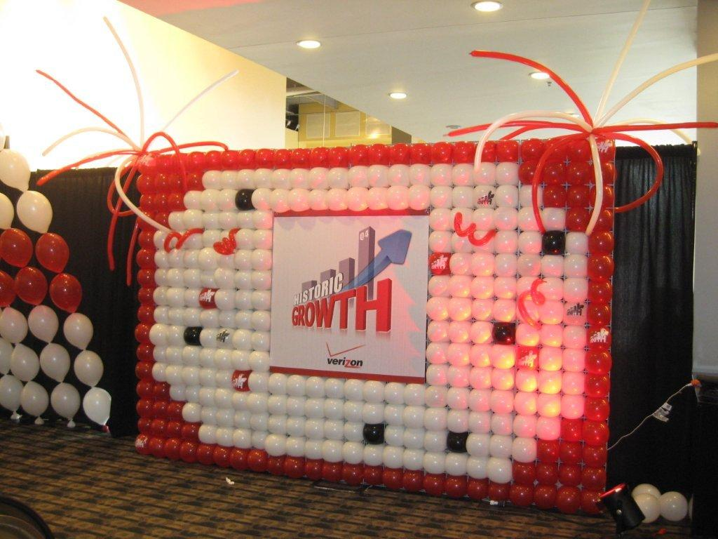 Verizon balloon wall