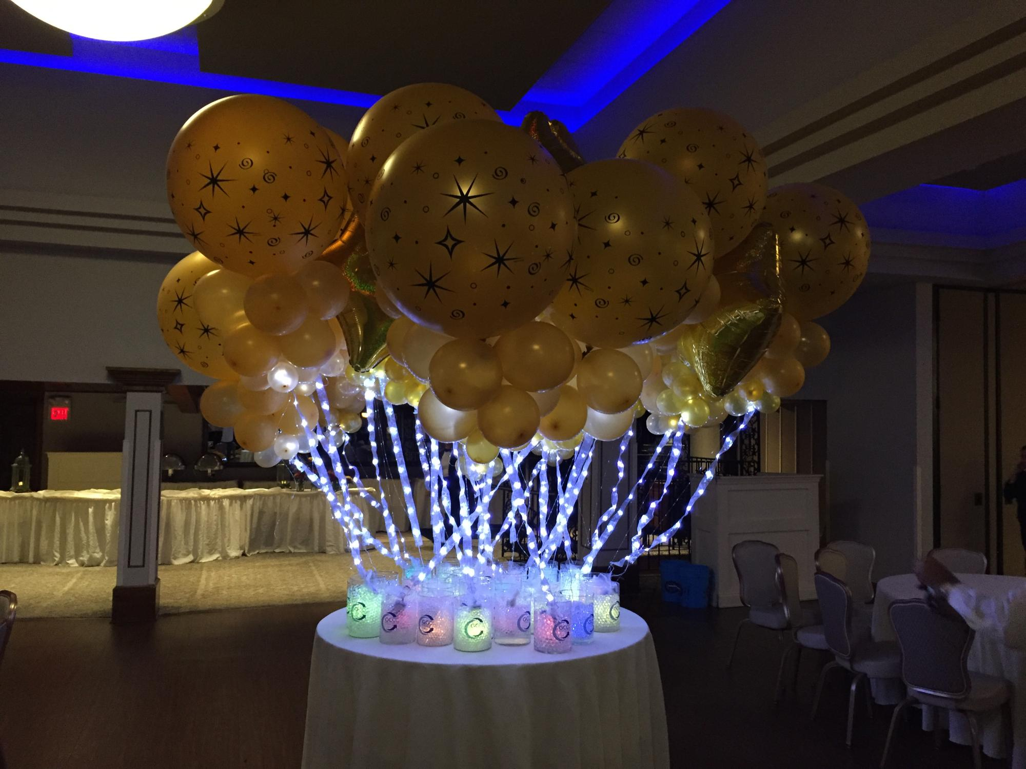 Balloon centerpieces with lights