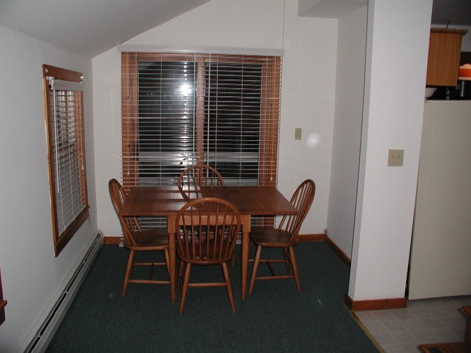 Chalet_Dining_Area.jpg