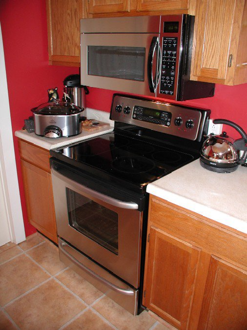 Kitchen_appliances_1.jpg