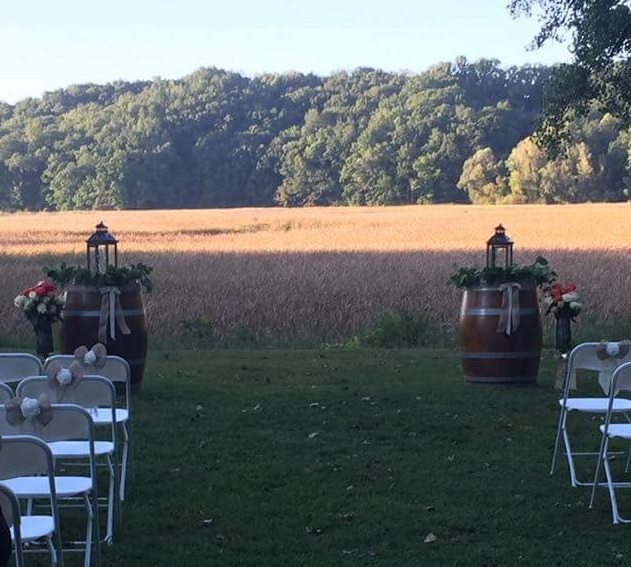 Wedding ceremony at Glendoveers in Penfield, NY