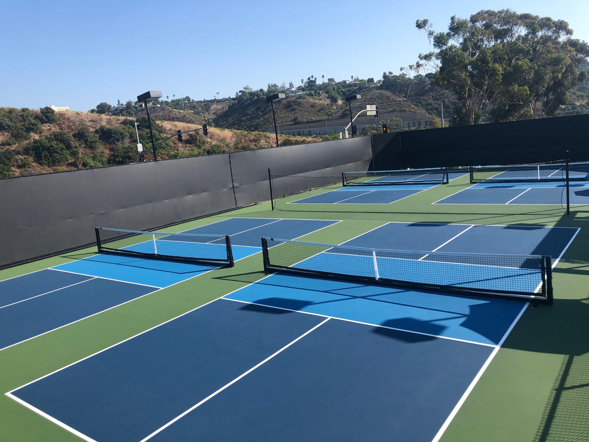Pickleball_courts_in_San_Diego.jpg