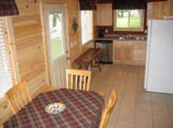 250_cabin_3_kitchen.jpg